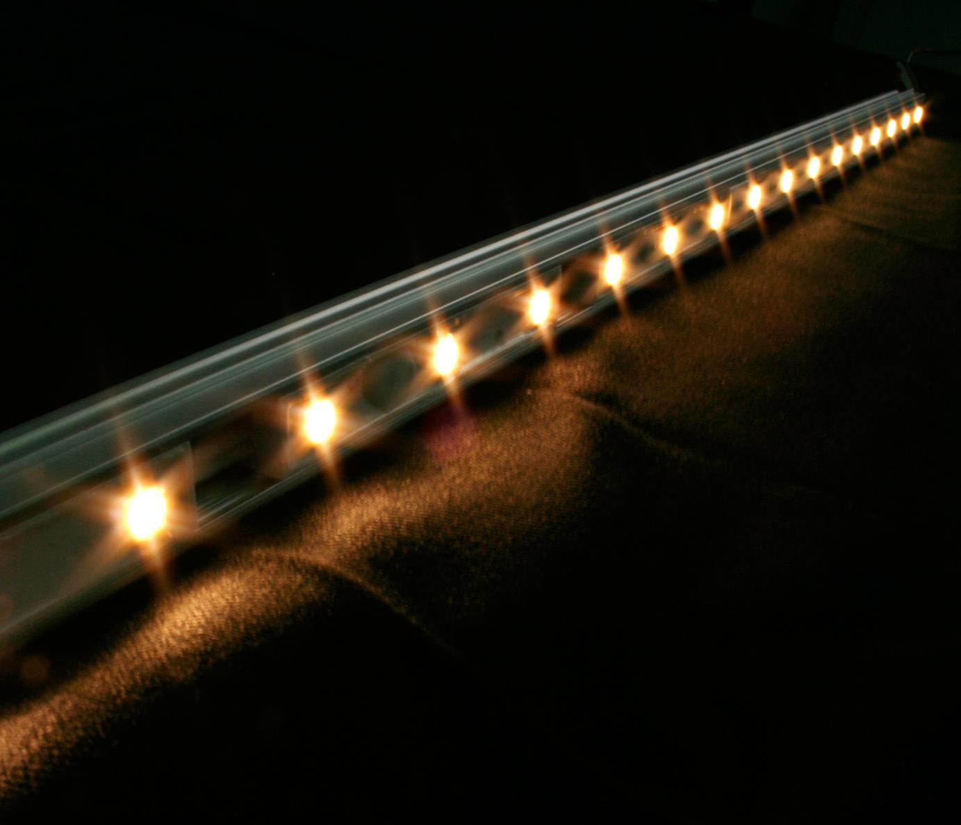 주)대한트랜스 - 'We illuminate the world'